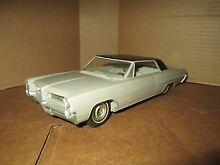 1964 pontiac grand prix dealer