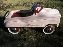 Champion pink pedal car gearbox