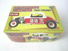 Amt 32 ford coupe includes