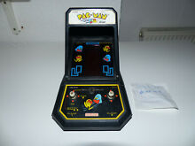 Pac man midway s 2390 tabletop