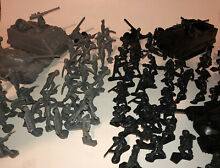 Toy soldiers 90 piece lot