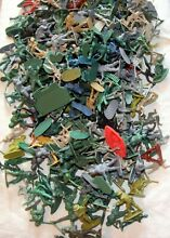 Plastic toy soldiers large lot