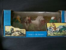 Boxed set of plastic indians by