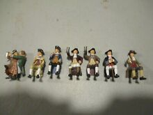 1 32nd scale colonial era civilian