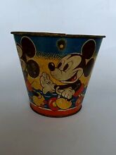 Mickey mouse donald duck tin sand