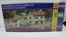 2062 ho scale station italian style