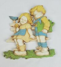 Wall decor two kids sitting on