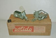Removible metal 1952 vespa vespa