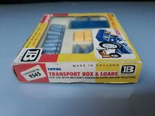 Britains models transport box load