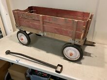 Town and country radio flyer red