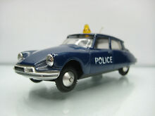 Diecast citroen ds 19 blue good
