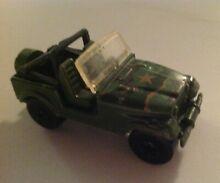 1981 green camouflage military jeep