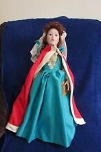 Franklin mint doll queen mary ii