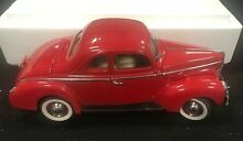1940 ford deluxe coupe 1 24 diecast