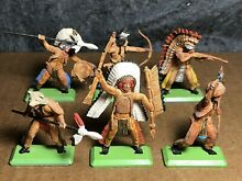 Deetail native americans painted