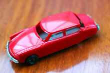 S sistema dep citroen ds 19 toy car