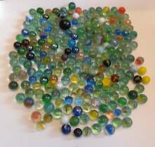 Glass marble lot marb