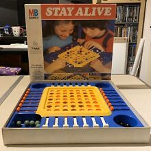Mb games stay alive 1975 board game