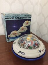 Ufo tin toy space ranger n 5