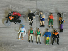 Lot de 10 figurines moto action man