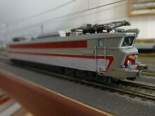 Train miniature locomotive