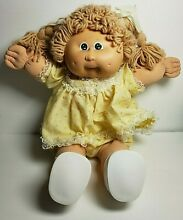 1978 1982 doll by coleco girl