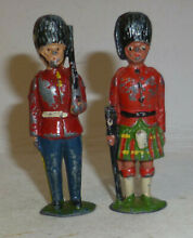 Two uncommon lead soldiers 1940 50