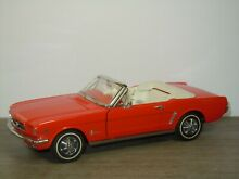 1964 ford mustang convertible 1 24