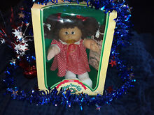 1984 cabbage patch kid girl in box