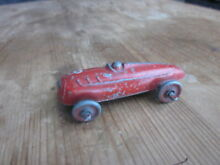 Toys diecast racing car no 8 red