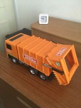 Tonka toy garbage truck in good