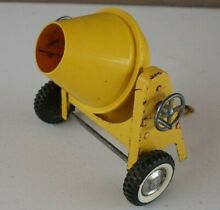 Ny lint ford cement mixer trailer