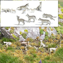 Ho 1 87 scale wolf pack wolves