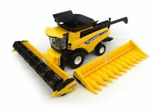 1 32 scale new holland cr8 90