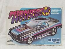 1 25 scale midnight mustang 2