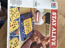 Mb games stay alive board game