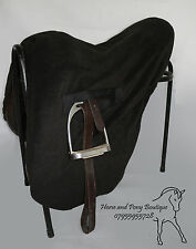 BLACK RIDE ON FLEECE SADDLE COVER Ride on black polar fleece WITH TOGGLE