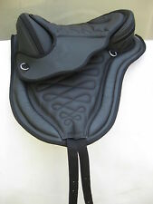 """All Purpose Treeless Synthetic Saddle Black Brown 16"""" 17"""" girth + leathers XMAS"""