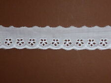 """5 METRES White Eyelet Daisy Cotton Broderie Anglaise Lace Trim 1""""/2.5cm"""