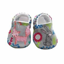 baby pram shoes, soft sole shoes, crib shoes, first walkers, bibs Grey Animals