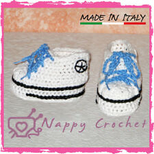 SCARPINE NEONATO UNCINETTO BABY BOOTIES CROCHET BIANCHE CONVERSE ALL STAR TENNIS
