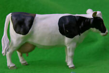 BRITAINS FARM ANIMAL MODELS, FRIESIAN COWS ,NEW FROM TRADE BOX