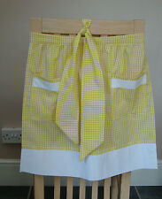 YELLOW AND WHITE GINGHAM DESIGN HALF APRON / PINNY