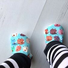Baby Shoes SHEEP on Blue Slippers Pram Shoes BABY GIFT IDEA 0-24M CHOICE OF SOLE
