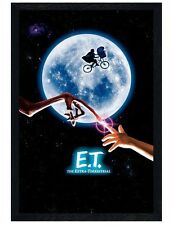 E.T. The Extra-Terrestrial Black Wooden Framed Maxi Poster 61x91.5cm