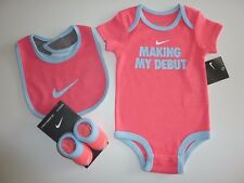 NIKE Baby Cute Little Girls 3 Piece Set NWT