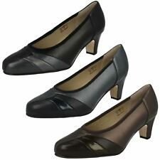 'Ladies Equity' Court Shoes - Claire