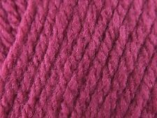 Sirdar Hayfield BONUS CHUNKY Knitting Wool / Yarn 100g - 846 RASPBERRY