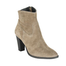 14-503 STAR CAMELOT SUEDE BOOTS