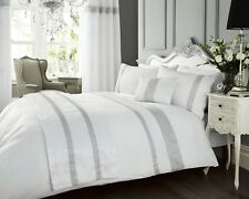 LUXURY KIMBERLEY WHITE DIAMANTE PINTUCK DUVET QUILT COVER BEDDING BED LINEN SET